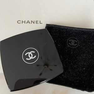 Chanel Les Ombres Eyeshadow Quad